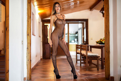 Leggy Babe Claudia - State of Grace - pics 00