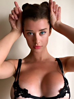 Busty Goddess with Bicolor Eyes - Hot Girl Sarah Rose Mcdaniel